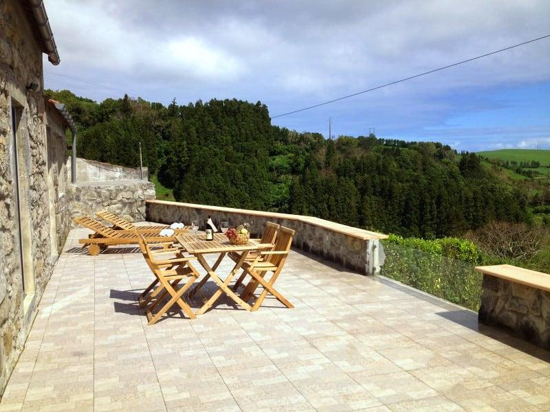 Terrasse Ferienhaus Azoren