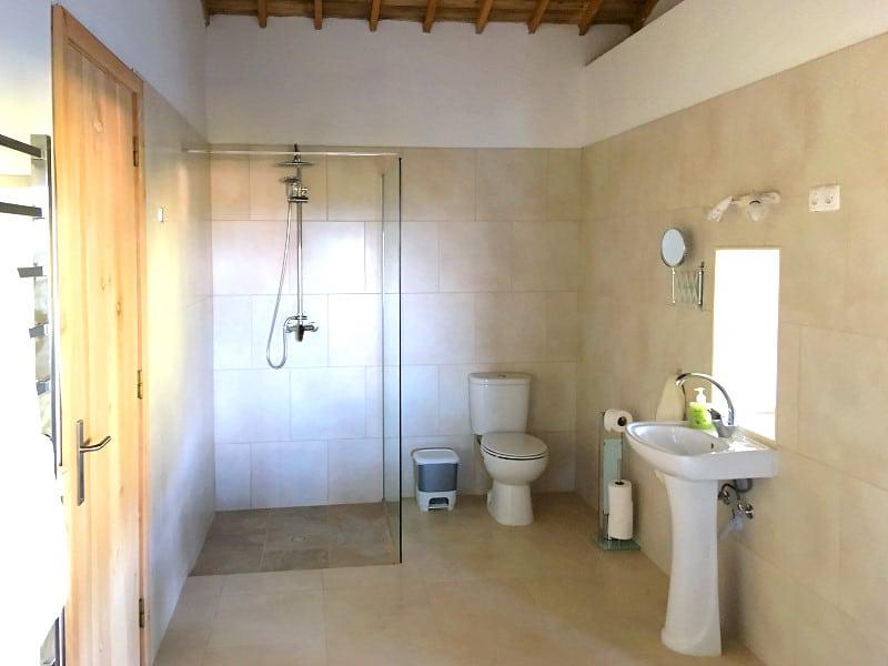 Ferienhaus auf den Azoren: Badezimmer
